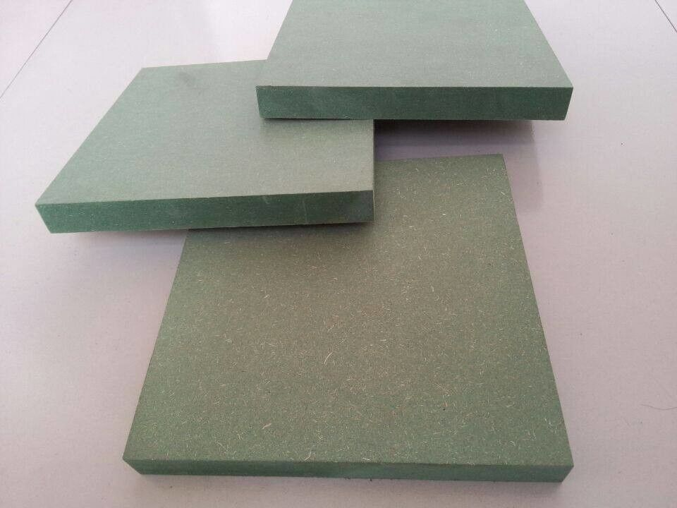 18mm Green Core Waterproof MDF Board For Furniture Decoration 750-850 Kg/M3